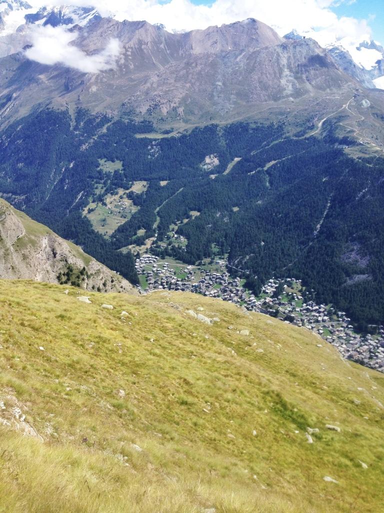 Zermatt ligger långt under mig. Foto: David Erixon