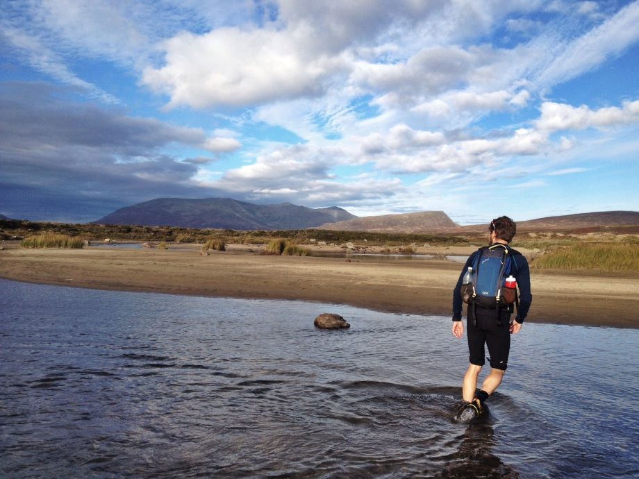 På väg till Gåsenstugorna med Karl Almestål så springer vi på en mycket fin sandstrand. Foto: David Erixon