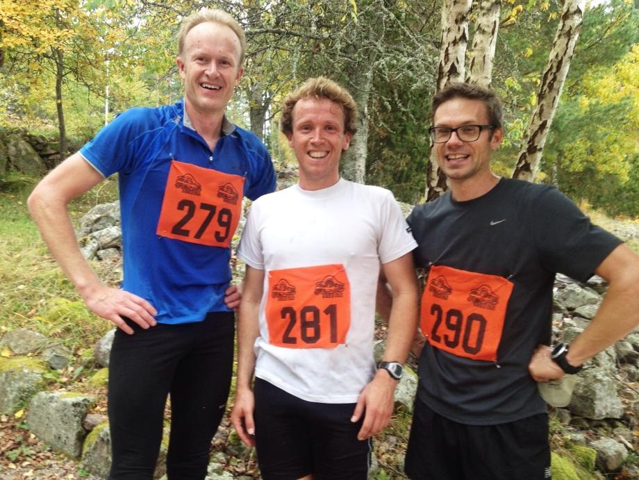 Prispallen på korta banan.  Jag vann på 1:20:35. Stefan Holm (290) var 2:a på tiden 1:23:32 och Jakob Bergengren(279) var 3:a på 1:24:40.