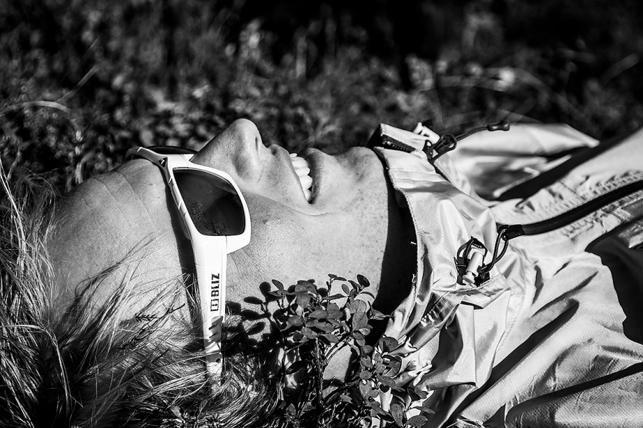 Niclas njuter av hösten i Blåbärsriset.  Foto: David Erixon